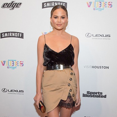 Chrissy Teigen, Christie Brinkley and Kate Upon dazzle for SI and more carpet looks
